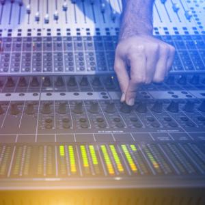 Alquiler de Equipos de Sonido profesional