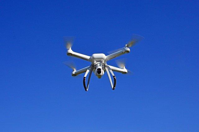 Iluminación de LED con drones